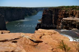 The top of King George Falls looking back up the river